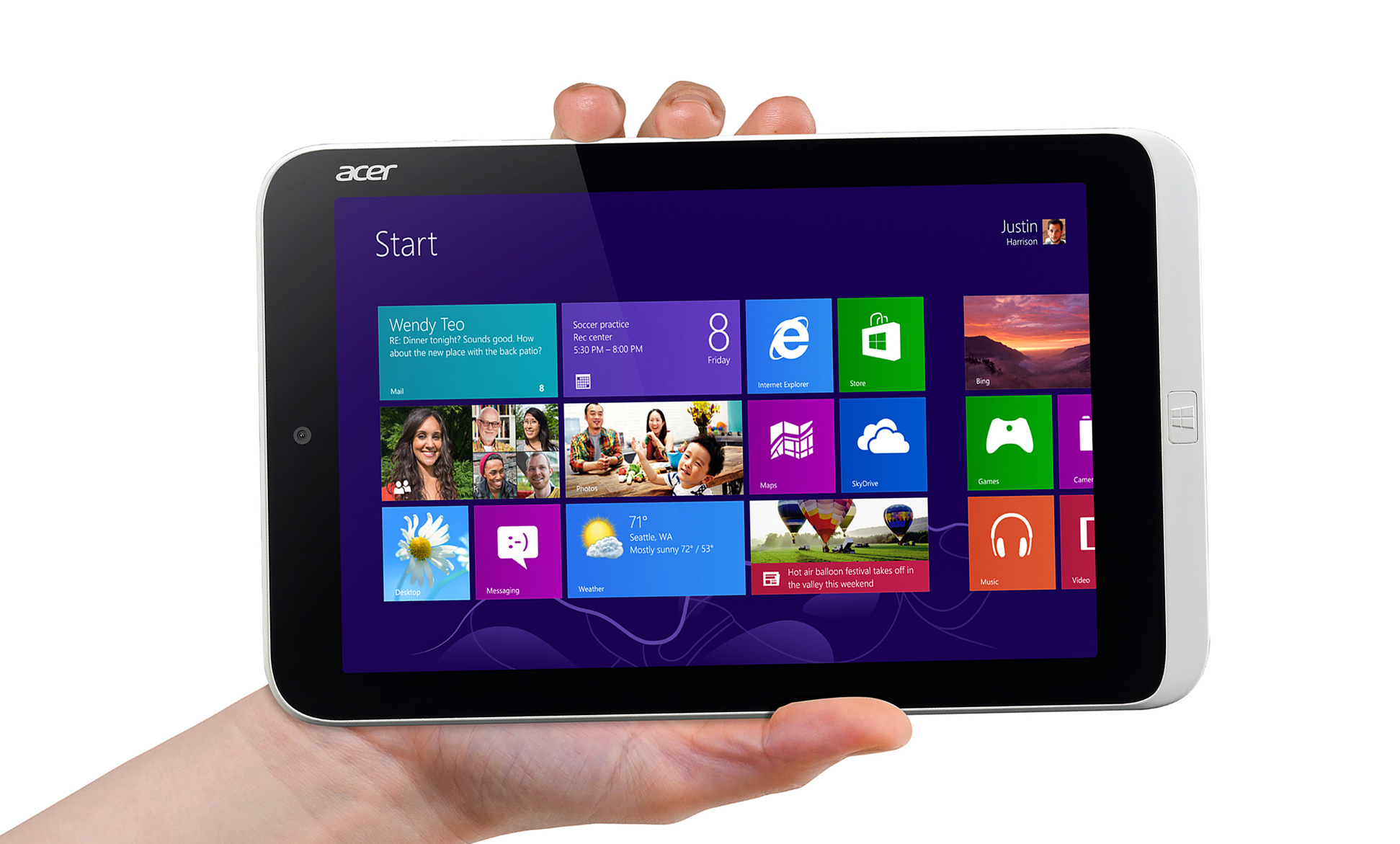 Acer-iconia-hand