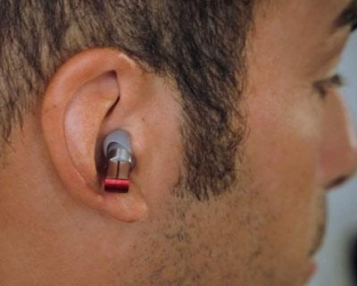split-wireless-headphones-designboomthumb