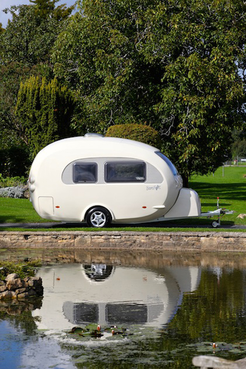 british-company-invents-world-s-first-curvy-caravan